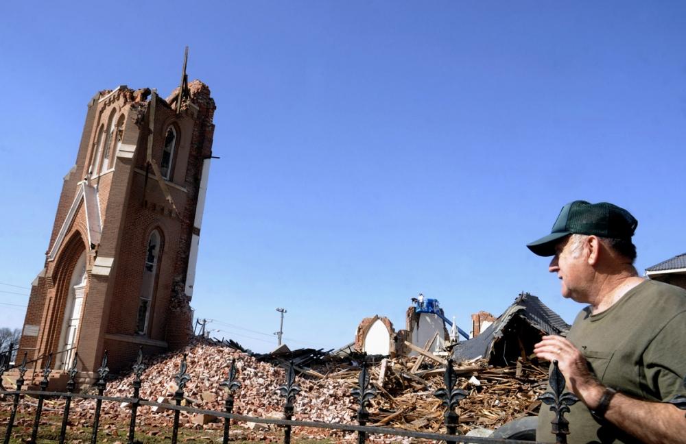 st_joseph_church_tornado_web[1]