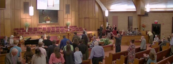 """""""What is Christ to the Church"""" Pastor D.R. Shortridge Sunday Evening Service 10/20/19"""
