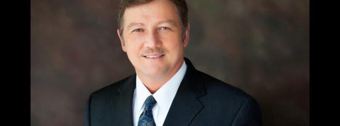 Dr  Walt Mauldin Congratulates Dixon Pentecostal Research Center